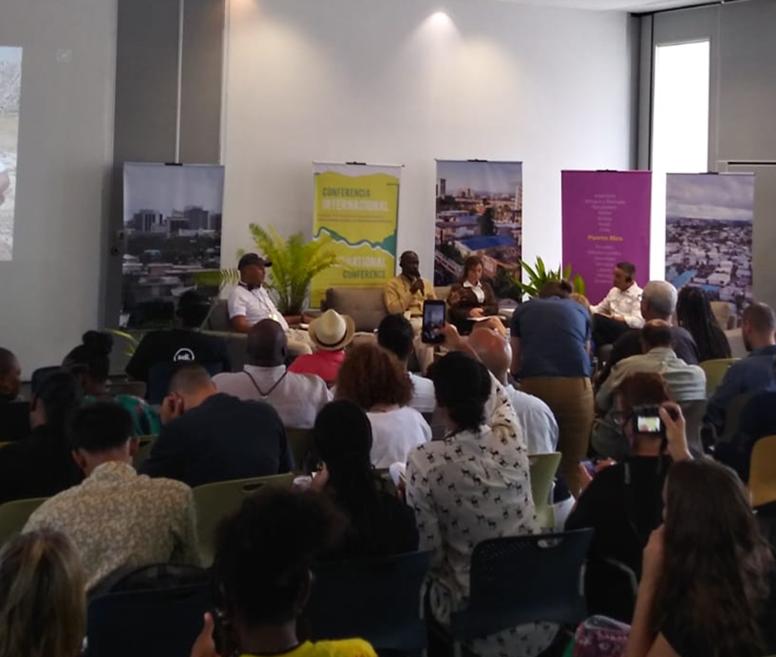 Comunidades y sus aliados de 17 países visitan Puerto Rico para conocer el  Fideicomiso de la Tierra del Caño Martín Peña