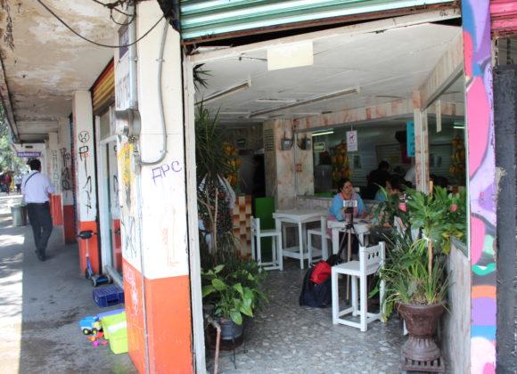 México –  Locales del edificio Mérida 83 en riesgo de desalojo