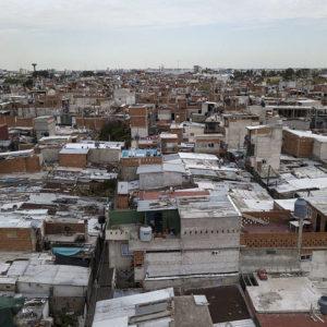 Argentina – CEAPI: Pandemia y crisis habitacional; la letal conexión entre la reproducción del virus y el tipo de urbanización